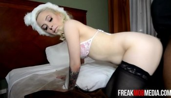Anal sex and gagging gallo