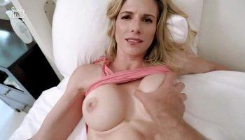 ebony gals huge boobs get bouncing